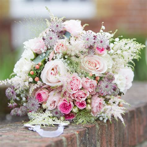 wedding flower ideas pictures bouquet white cloud