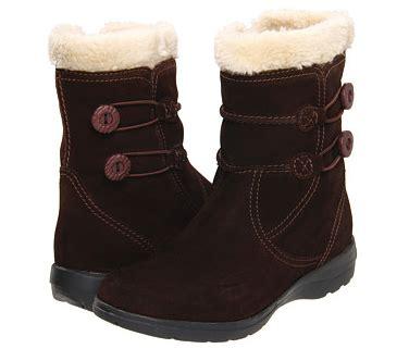 6pm black friday deals clarks newton s boots