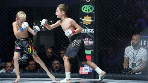 mma si鑒e underage mma fights in chechnya spark criticism of