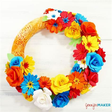 rolled paper flower wreath tutorial paper daisy an easy rolled flower jennifer maker