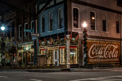 best towns in georgia 10 best christmas towns in georgia 2016