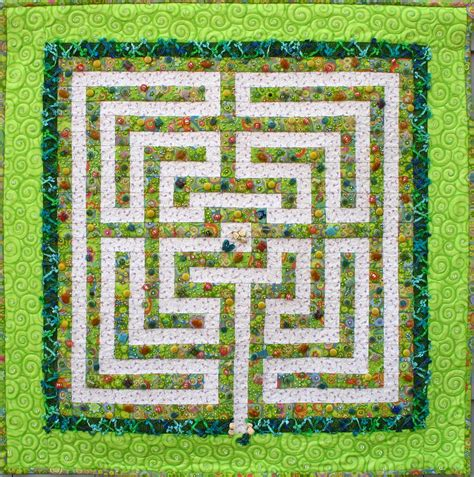 Labrynth Quilt by A Maze Quilt Labyrinth Quilts