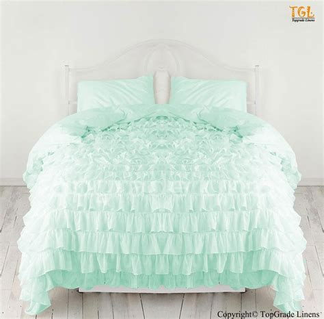 ruffled white bedding 1000 ideas about ruffle duvet on pinterest ruffle