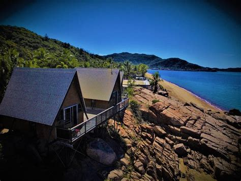 base backpackers magnetic island updated