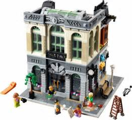 Lego Sets 10251 1 Brick Bank Brickset Lego Set Guide And Database