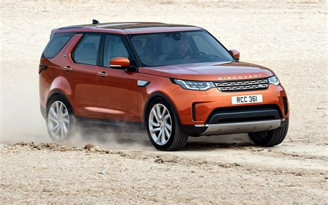 land rover discovery suv comparison land rover discovery 5 hse 2017 vs jaguar
