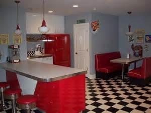 50s kitchen good job at making ur kitchen look like 50 s diner decor pinterest