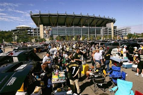 ford fan zone heinz field top 10 best nfl tailgating spots cities and parties