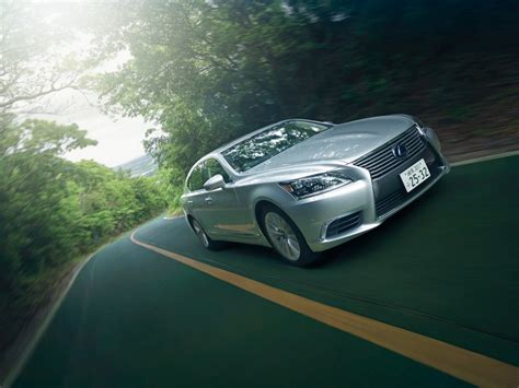 Light Speed And Innovation Lexus 460 Degrees Gallery Debuts In Los Angeles 2 by 46 Best Images About Ls 460 On Models Alloy