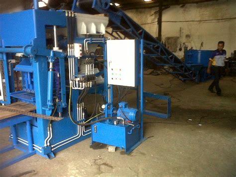 Mesin Alat Cetak Batako mesin cetak batako paving hidrolik graha mesin