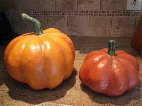 How To Make Paper Mache Pumpkins - paper mache pumpkins boo time ideas