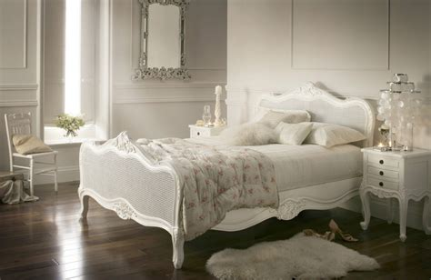define decor provence style bedroom
