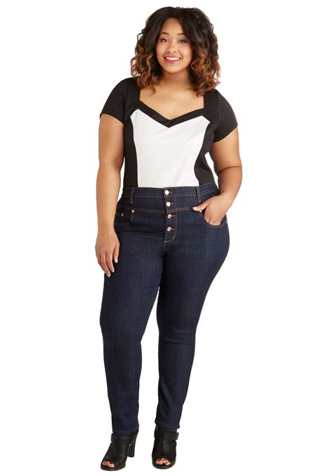 jean styles and cuts for plus sizes modcloth karaoke songstress jeans in cropped cut plus size