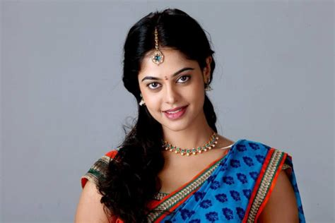 biography of film actress madhavi bindu madhavi height weight age affairs wiki facts