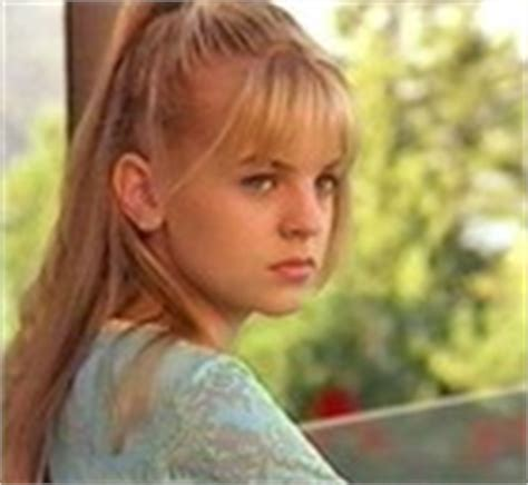 kristen storms who was first known for her role as zenon picture of kirsten storms in zenon girl of the twenty