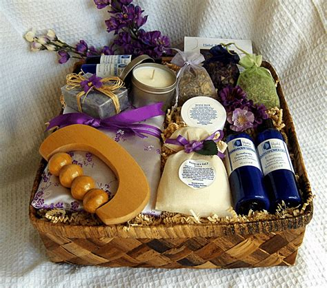 Handmade Bridal Shower Gifts - healing spa gift basket create a healing spa treatment