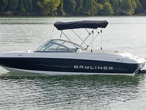 lake lanier boats for rent lake lanier boat rentals more