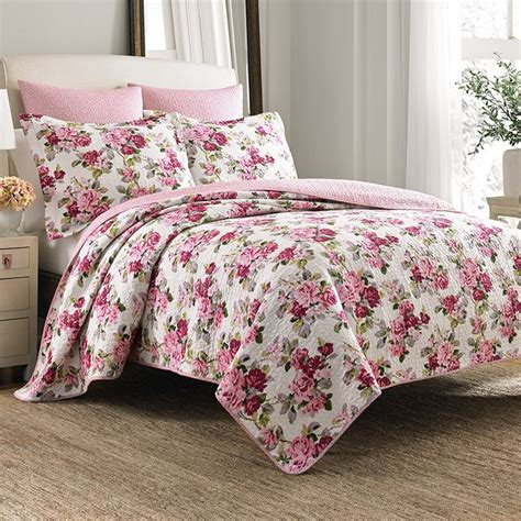 laura ashley quilts and coverlets 78 best laura ashley bedding images on pinterest quilt