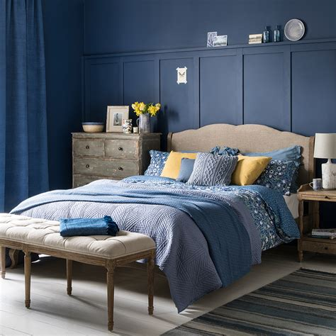 blue bedroom ideas   shades  teal  navy