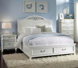 Light Blue And White Bedroom 17 Best Images About Bedroom On Master Bedrooms Light Walls And Light Blue Paints