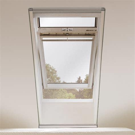 velux rollladen einbau velux insektenschutzrollo fliegengitter f 252 r dachfenster