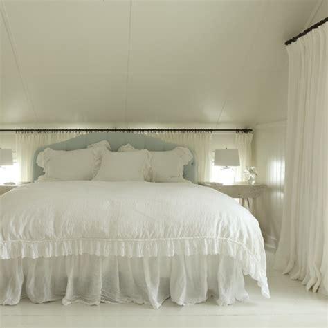curtain behind bed curtains behind headboard curtain menzilperde net
