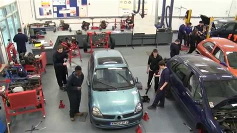 course of the week motor vehicle
