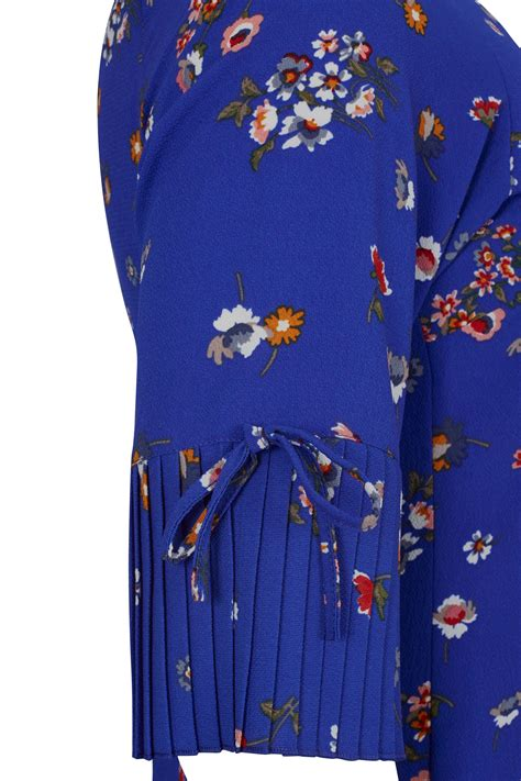 Flatshoes Ribbon Sm 21 Salem Limited paprika royal blue floral print dress with frilled flute sleeves plus size 16 to 24