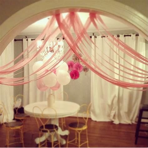 beautiful decor for valentines happy hearty day