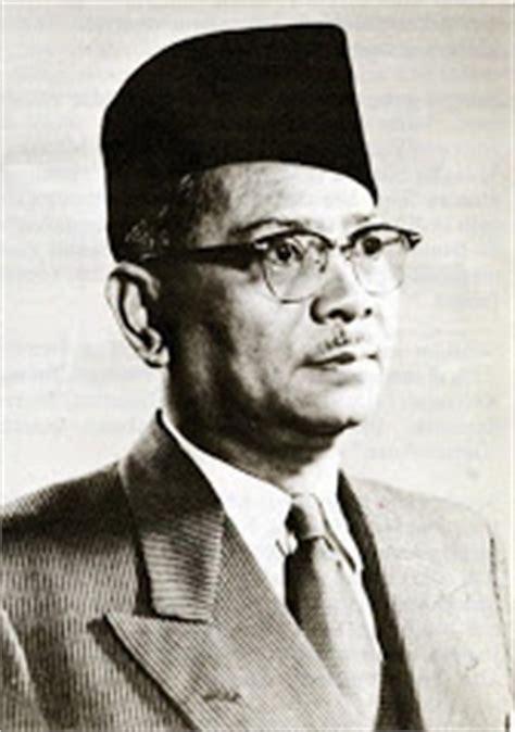 Perdana Three 1903 senarai perdana menteri malaysia