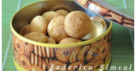 ammoniaca alimentare la cucina di federica biscotti con mandorle e panna acida