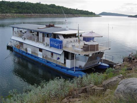 house boats zambia houseboats lake kariba houseboats