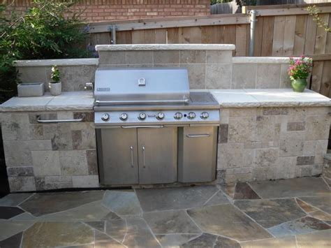 Travertine Tile Outdoor Kitchen by Outdoor Travertine Tile Countertops For Kitchens Ideas