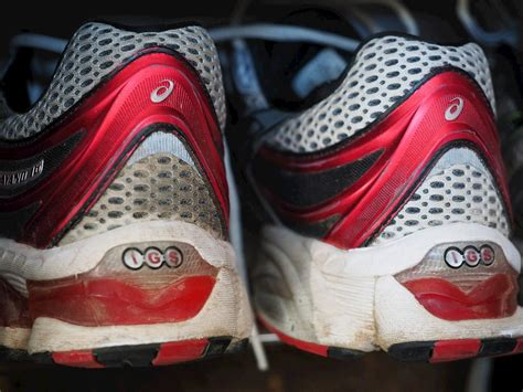 replace running shoes running shoes when should they be replaced myfootshop
