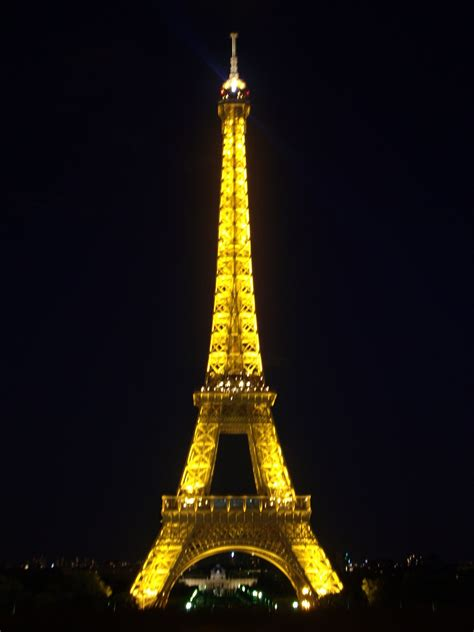 imagenes abstractas de la torre eifel foto vista nocturna de la torre eiffel en par 237 s ociogo