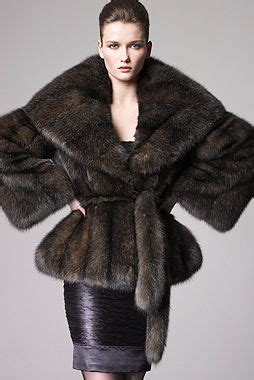 Glow In The Fur Coats Help You Find Your Way In Da Club by 146 Best Fur Cite 51 Images On Furs Fur Coats