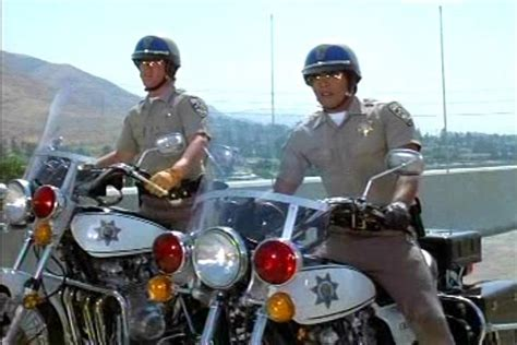 Fernsehserie Motorrad Cops by Imcdb Org 1975 Kawasaki Kz 900 P In Quot Chips 1977 1983 Quot