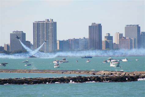 what is on a chicago chicago air water show