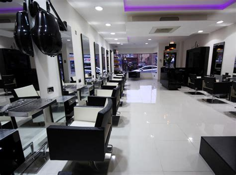 hairdressers in edmonton n18 afrotherapy salon