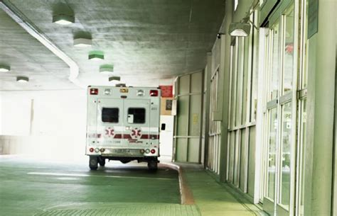 what is a level 4 emergency room visit when to take a kid to the emergency room fatherly
