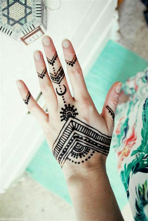 henna tattoo hand love best 25 henna ideas on henna