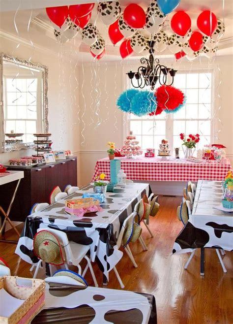 farm theme decorations the coolest farm birthday home ideas