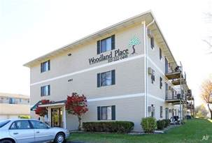 Apartments Des Moines Ia Woodland Place Apartments West Des Moines Ia