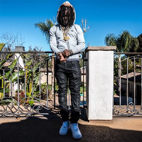 chief keef house chief keef asks fans to egg house on twitter police intervene