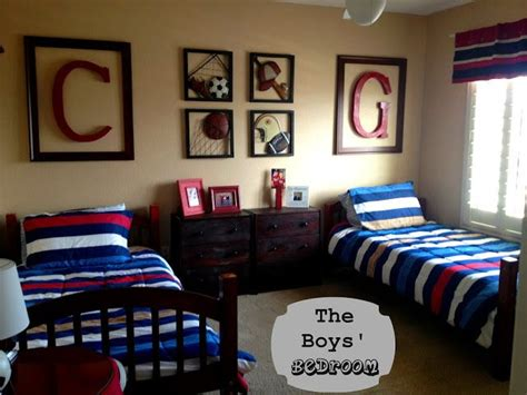 boys sports bedroom 25 best ideas about sports themed bedrooms on pinterest 10939 | 444eb91ff4efe28c9eb9f388e7af370d