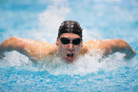 chase kalisz swimswam chase kalisz chooses 200 fly to go with ims at men s ncaas