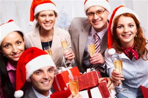 organise a staff christma party 5 crucial tips for organizing a memorable office