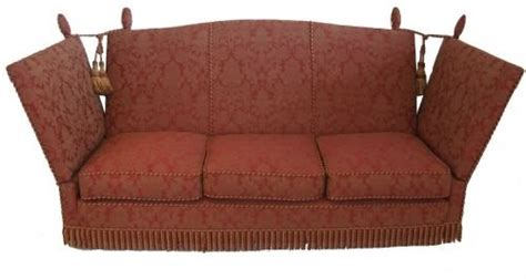 knole sofa as the idea for classical style furniture