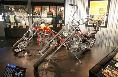 Motorrad Captain America Film by 10 Jahre Harley Davidson Museum Tourenfahrer