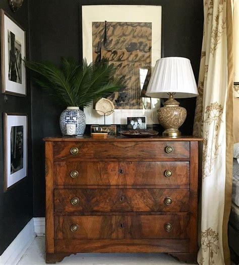 decorating a bedroom dresser 25 best ideas about bedroom dressers on pinterest